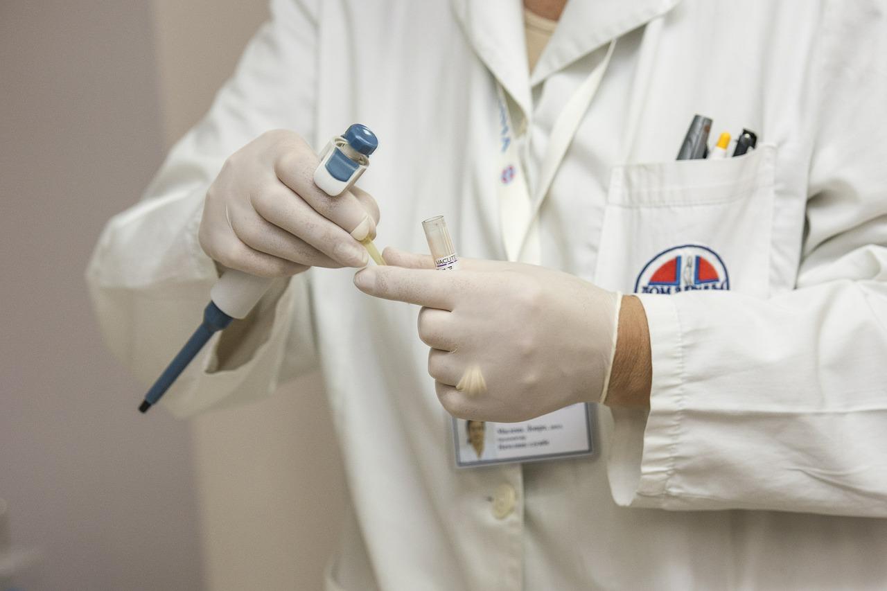 ノロウイルス対策に一部のエタノール系消毒剤でも効果あり!国立医薬品食品衛生研究所の報告書をもとに使える消毒剤を調査